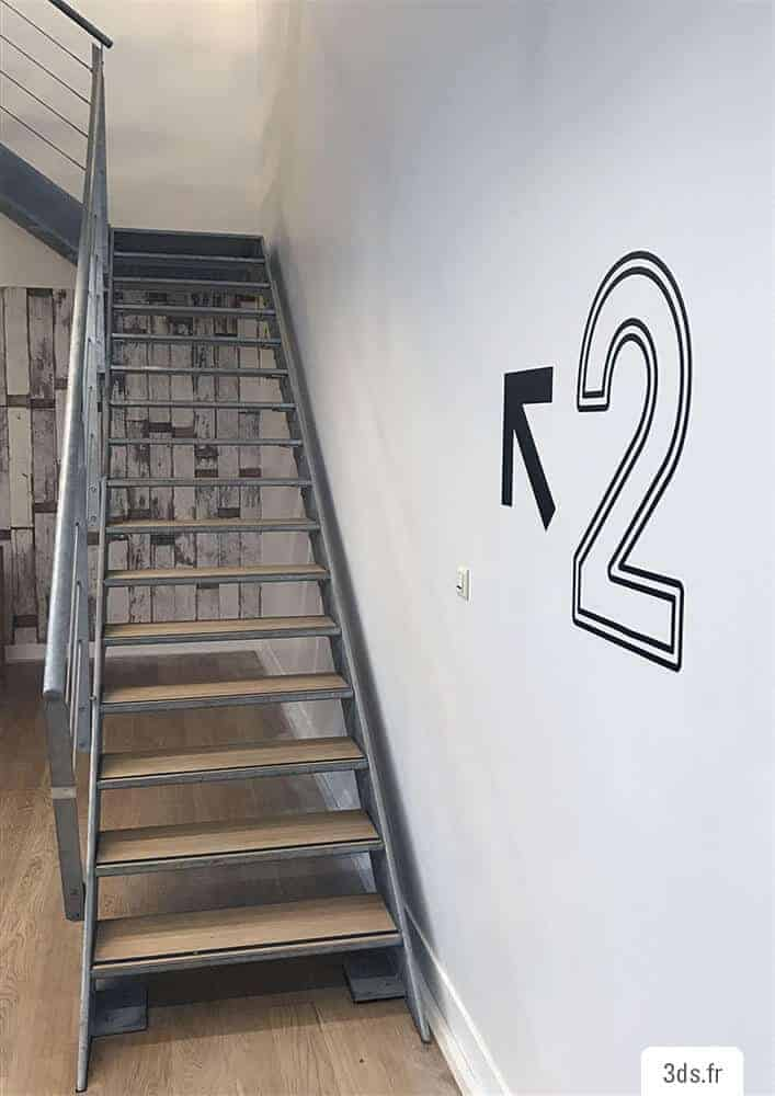Numéro Étage Escaliers - Signalétique Sur Mesure