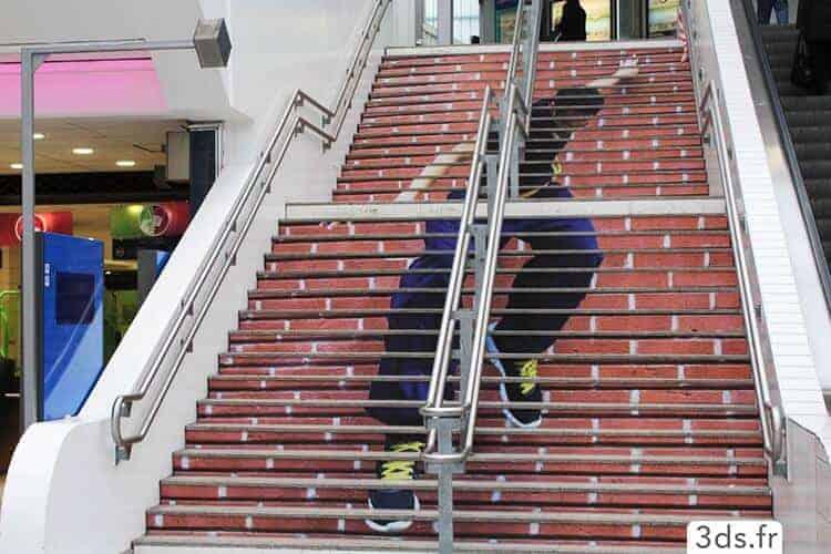 Visuel imprimé design contre marche escalier