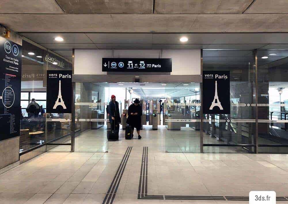 Panneau Directionnel Sur Mesure Gare SNCF - Signalétique Extérieure