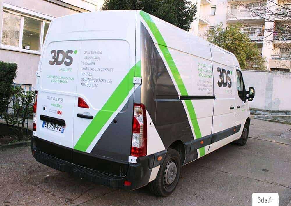 Signalétique voiture marquage véhicule adhésif covering