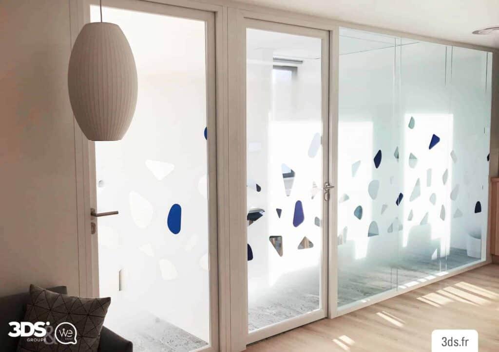 vitrophanie design sur mesure dégradé bureaux professionnelles
