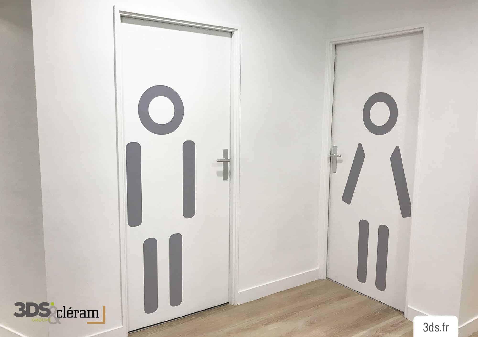 Pictogramme adhésif porte toilette orignal