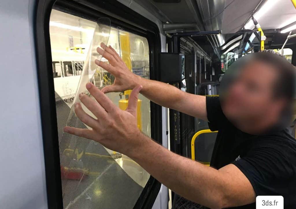 Pose Film anti-graffiti 3M vitre train