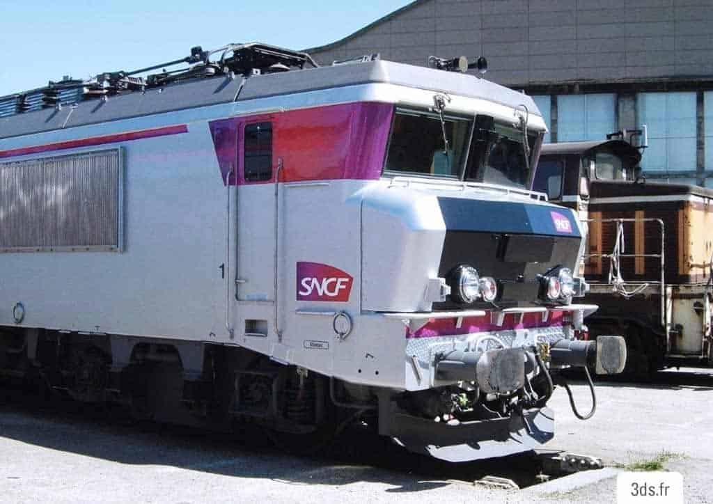 Marquage train habillage covering adhésif sur mesure