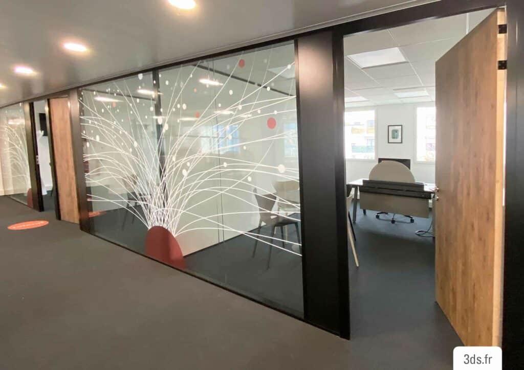 Vitrophanie Paris design corporate entreprise