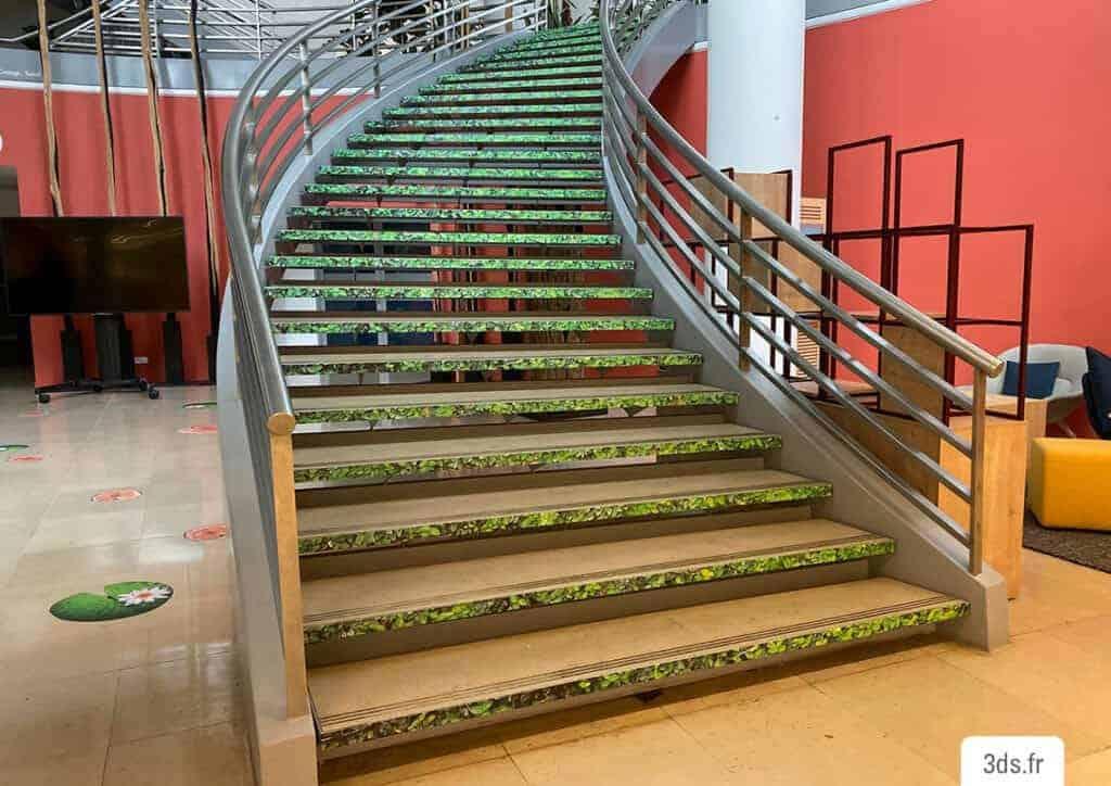 Marquage sol contre marche escalier sur mesure