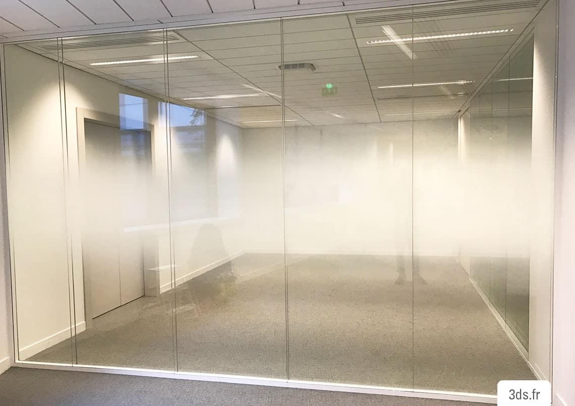 Vitrophanie bureau dégradée sur mesure blanc