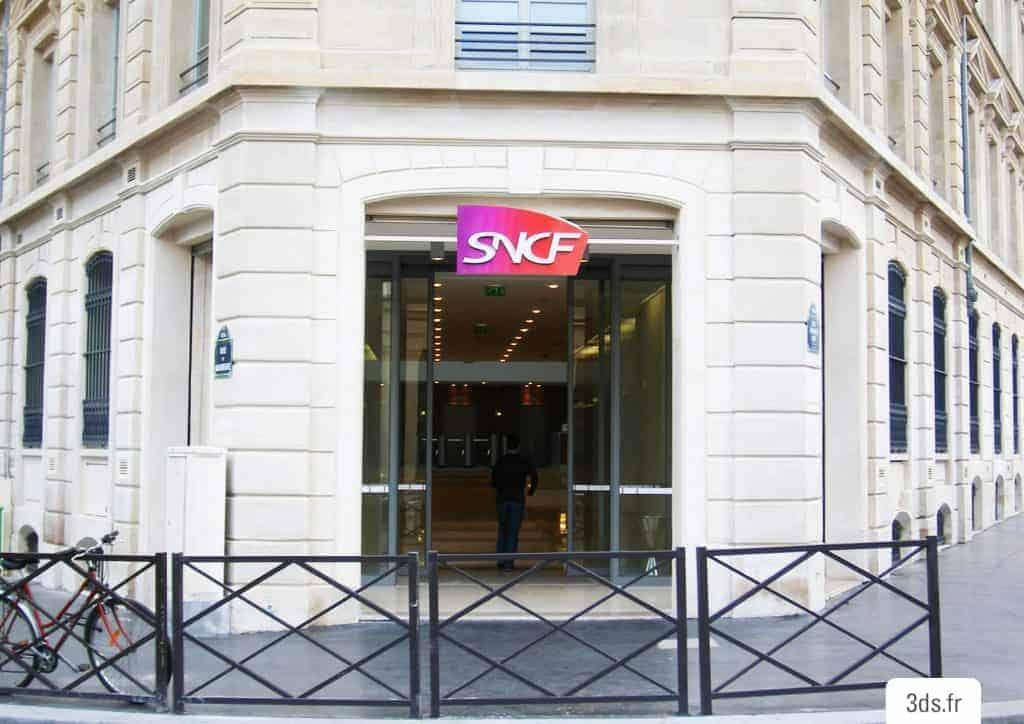 Enseigne lumineuse relief boutique SNCF