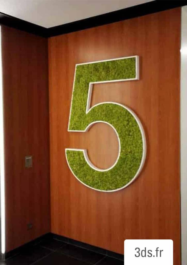Signalétique végétale numéro étage lichen