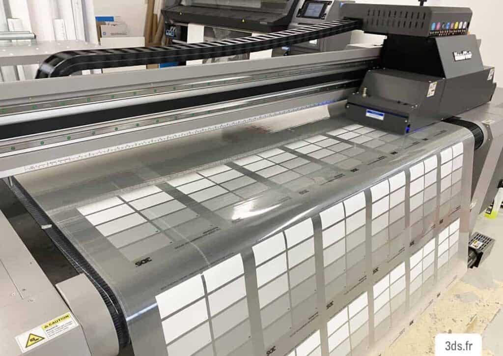 Machine impression numérique UV Adhésif - Atelier 3DS Groupe