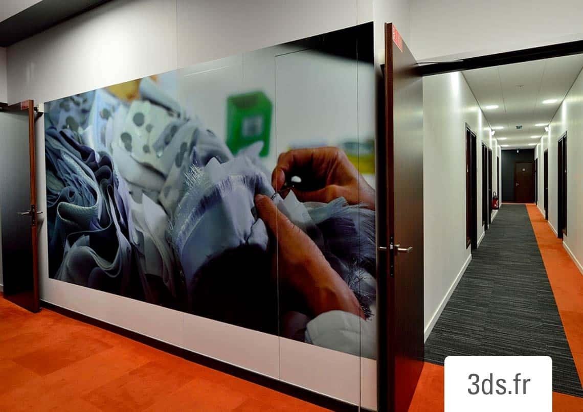 Décoration adhésive immersive entreprise luxe