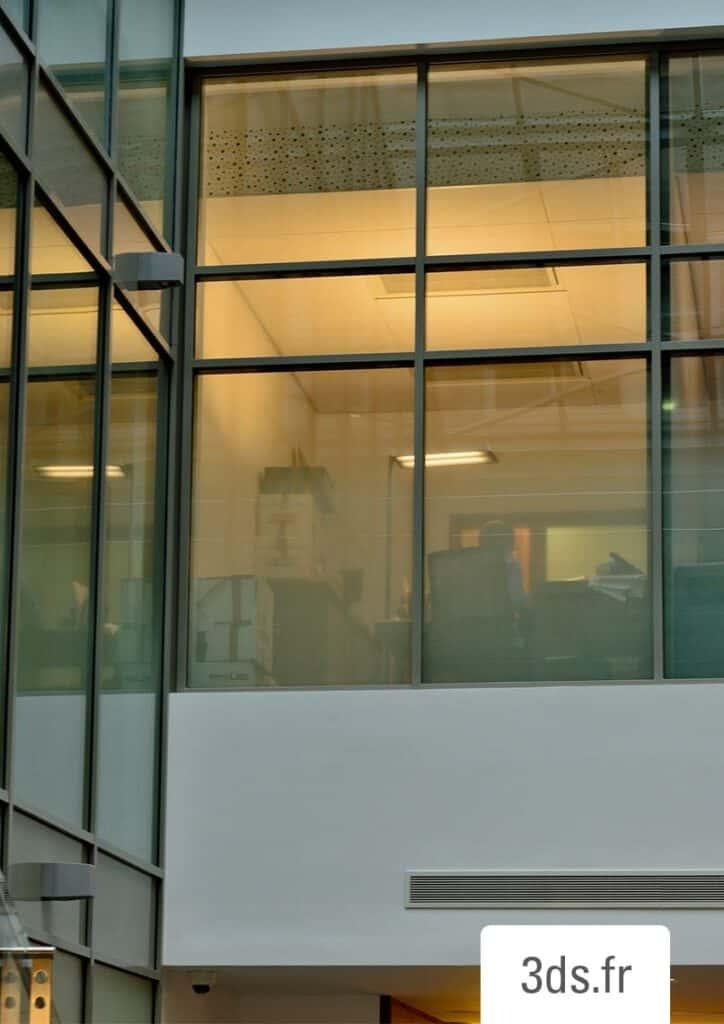 Vitrophanie sur mesure intimiste bureaux professionnels